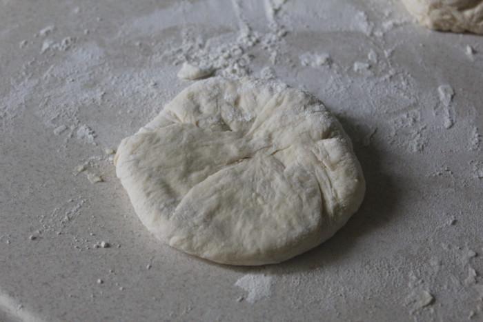 Беляши с куриным фаршем - рецепт пошаговый с фото