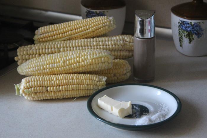 Кукуруза запеченная в духовке в фольге