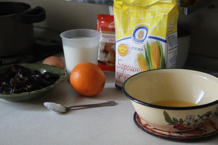 Диетический кекс с кукурузной мукой и финиками