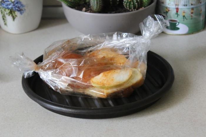 Куриная пастрома в домашних условиях (запеченная в духовке в фольге)