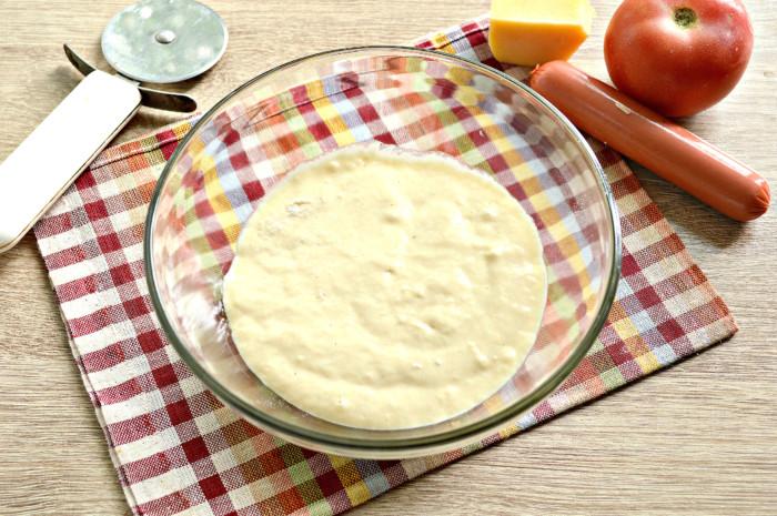 Быстрое жидкое тесто для пиццы на кефире - простое и вкусное