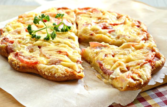 Бездрожжевая пицца на кефире в духовке - быстрая и вкусная