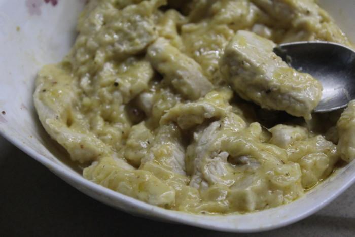 Бефстроганов из курицы со сметаной и горчицей - правильно, быстро и вкусно