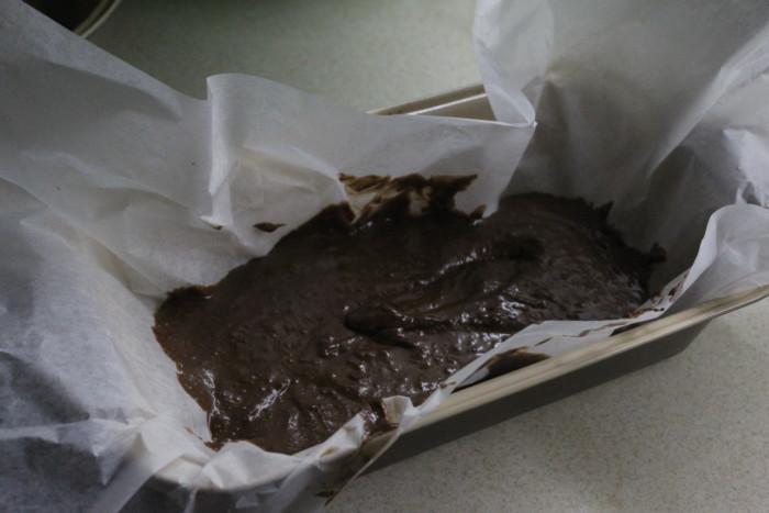 Шоколадный кекс с грушами и миндальными орехами - быстрый, простой и вкусный