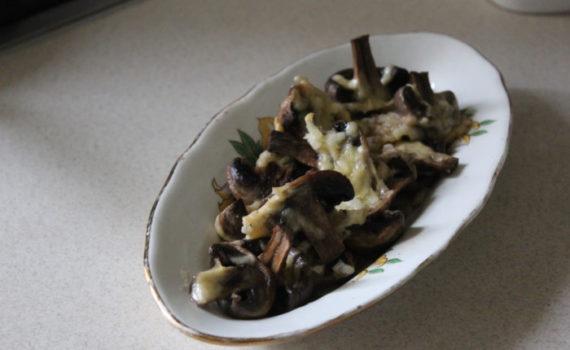 Запеченные шампиньоны с сыром - вкусная грибная закуска