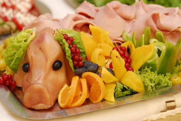 Свинья - символ года 2019