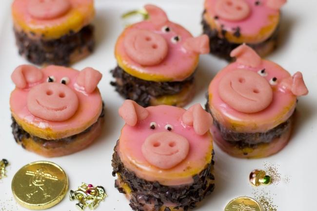 Свинья - символ Нового года 2019. Как сделать символ 2019 года своими руками
