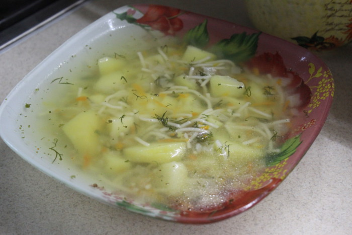 Рыбный суп из щуки с картошкой и вермишелью - быстрый и вкусный