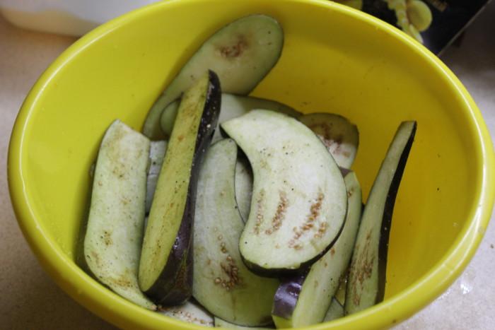 Как приготовить баклажаны с орехами по-грузински