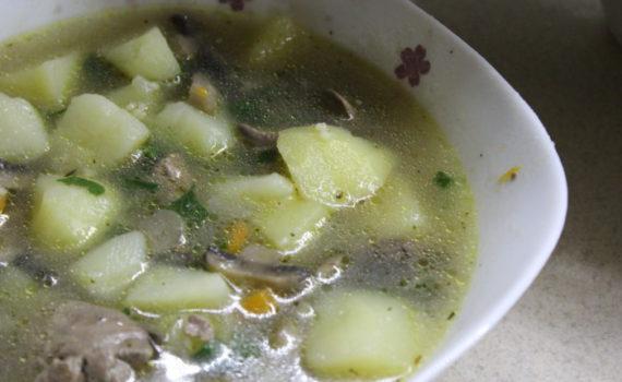 Шотландский суп из печени с картошкой и грибами