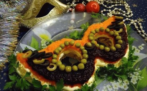 как украсить салаты в новогоднюю ночь