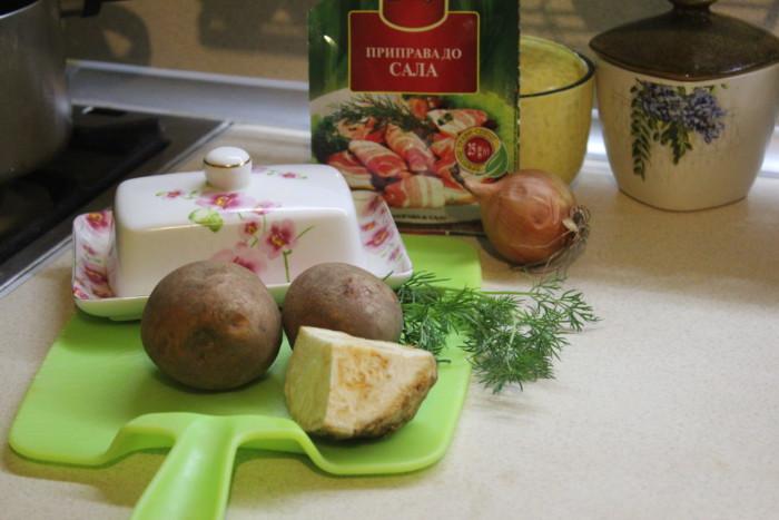 Картошка-пюре с сельдереем и луком