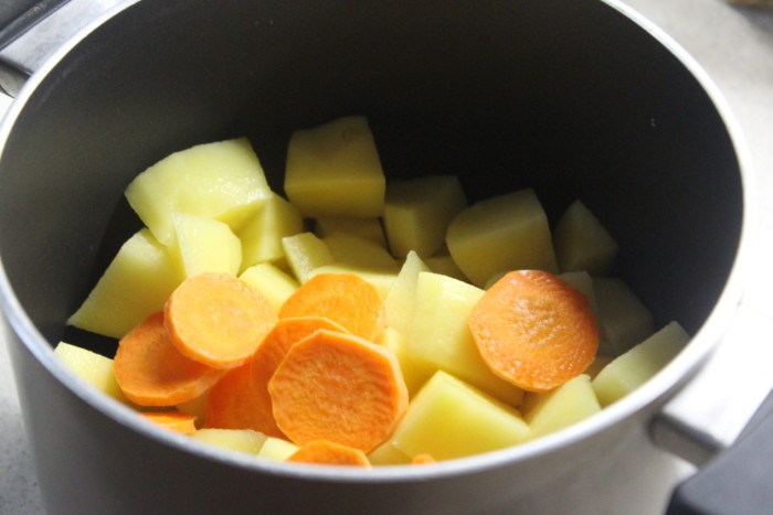 Постный овощной суп со стручковой фасолью