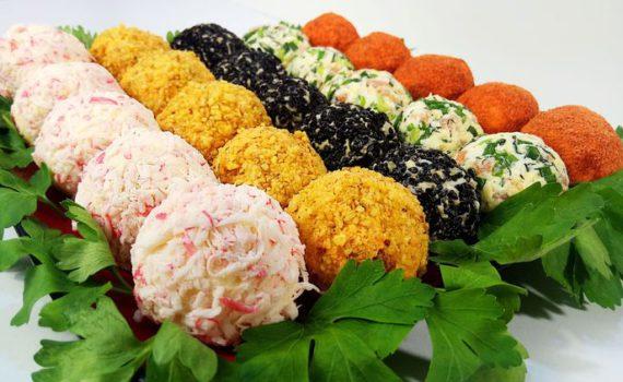 Новогодняя закуска Шарики на праздничный стол - оригинальная и красивая