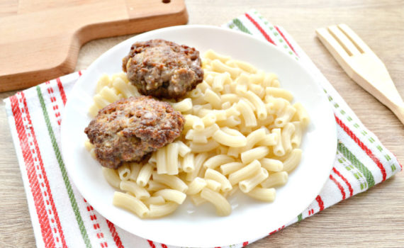 Мясные котлеты из говядины с картошкой - вкусно, сытно, экономно