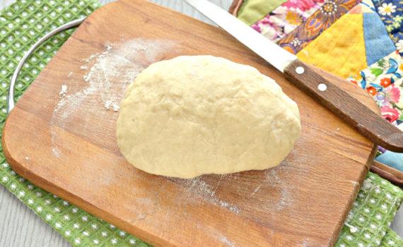 Постное заварное тесто для пельменей и вареников - без яиц