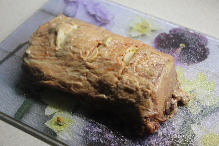 Свиная корейка с овощами - вкусное праздничное блюдо быстрого приготовления