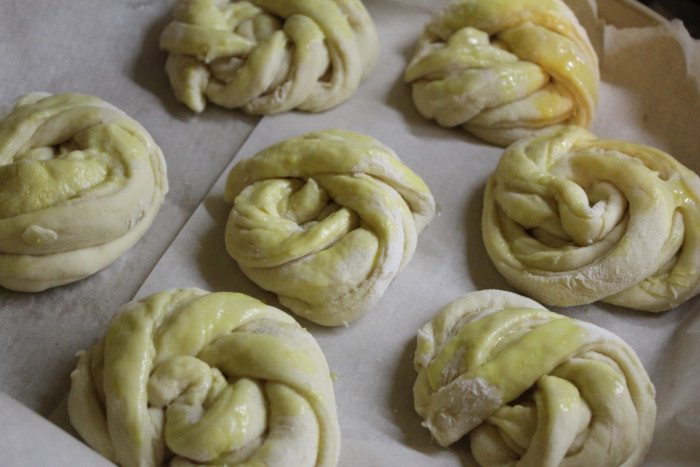 Домашние булочки с маком на дрожжевом тесте