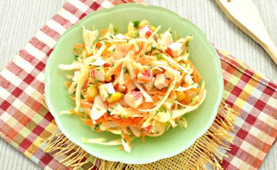 Постный салат с крабовыми палочками без майонеза