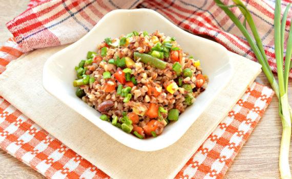 Постная гречка с овощами - второе блюдо или гарнир