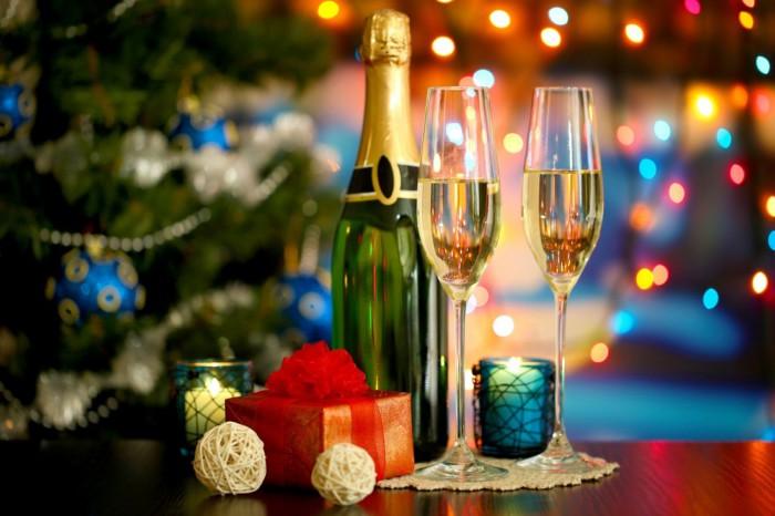 Самый новогодний напиток - шампанское